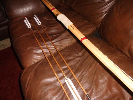 Handpainted Bamboo Longbow 9-24-15 (1)